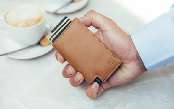 Ekster 3.0 - The World's Slimmest Smart Wallet