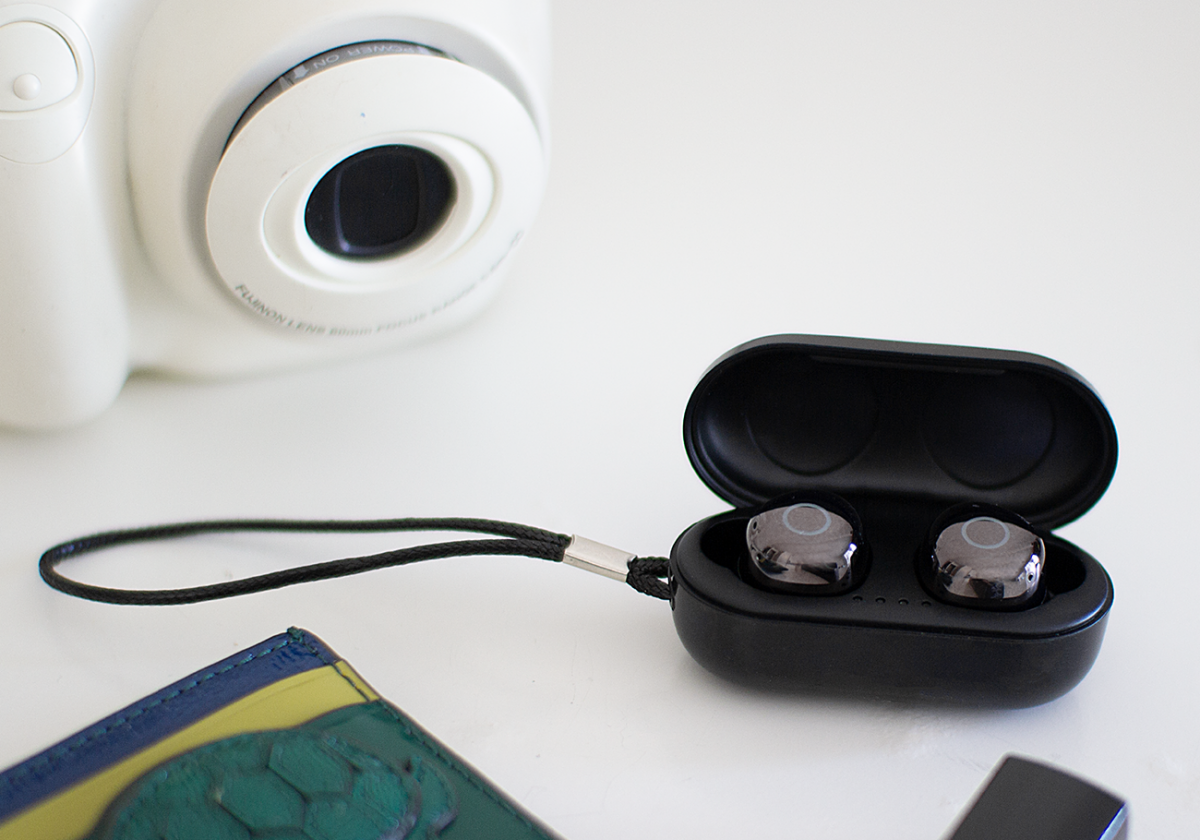 Muve - The Most Affordable IPX7 Waterproof Earbuds